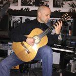 Osvaldo Gold in the studio